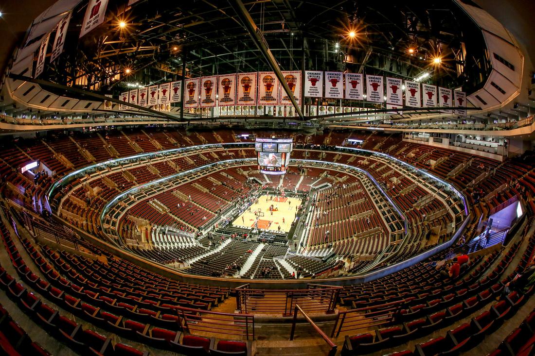 J7 Images Bulls Vs Pistons United Center 12 7 2013